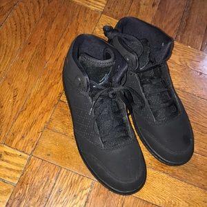 Boys Jordan's size 3